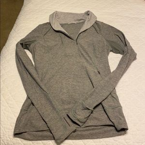 Lululemon gray long sleeve running top